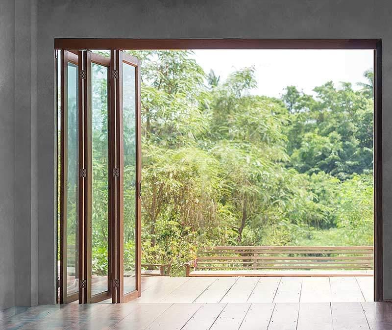 Holz Glas Faltwand offen